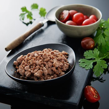 Roasted minced chicken meat